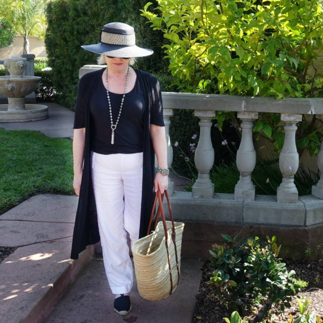 Jennifer Connolly of A Well Styled Life wearing white linen from J.Jill