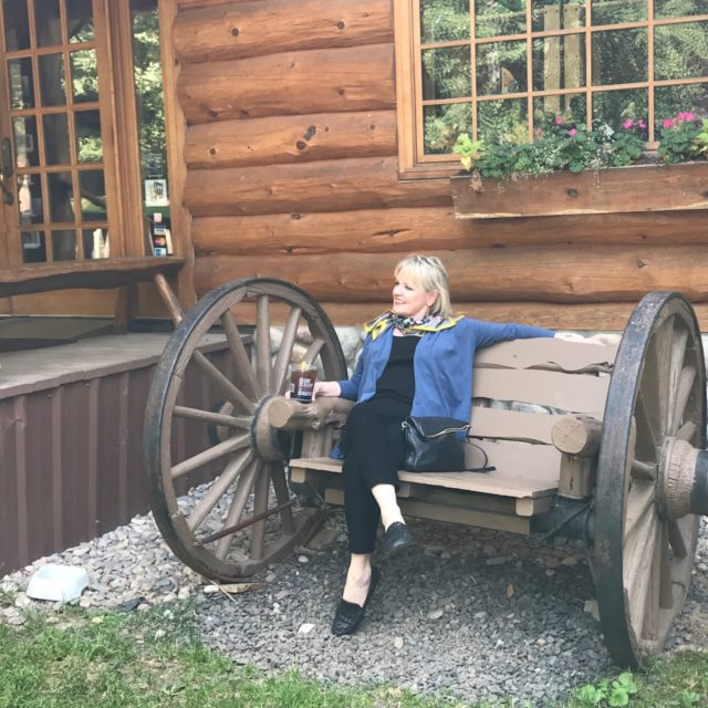 Jennifer Connolly of A Well Styled Life at Elk Lodge