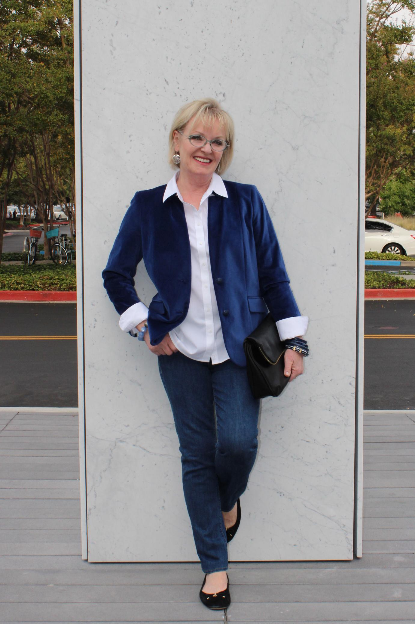 Jennifer Connolly of A Well Styled Life wearing Talbots Official