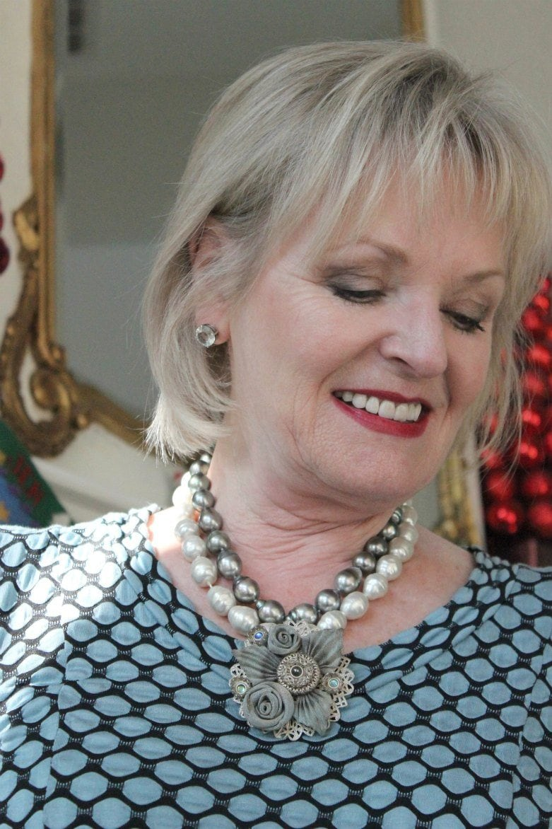 Jennifer Connolly of A Well Styled Life combining pearls