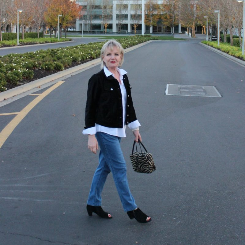 Jennifer Connolly of A Well Styled Life wearing French Kande and Pilcro velvet jacket